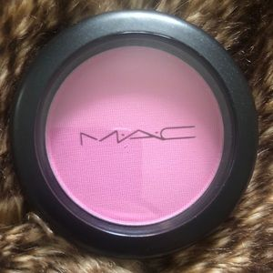 "MAC cosmetics blush ""peony petal"" brand new"